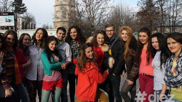 (foto, video) Flashmob la USM de 11.12.13
