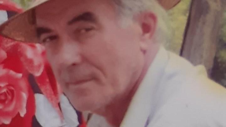 Un bărbat în etate este căutat de poliție și rude