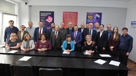(video) Coaliție cu Blocul ACUM sau alegeri anticipate. Ce spune PSRM și Dodon despre noua posibilă guvernare