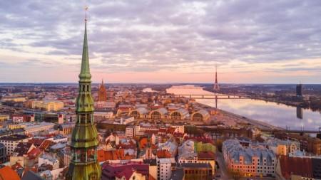 Ești pasionat de economie și finanțe? Înscrie-te la SSE Riga Finance Challenge și câștigă premii în valoare de 2000 euro